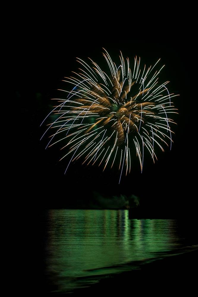 20120703FIREWORKSDMW_2650